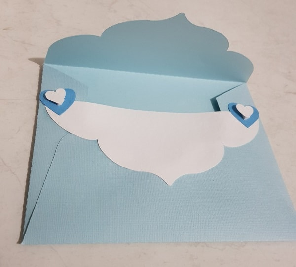 Extra piece of card and hearts attached in the post how to make a large envelope
